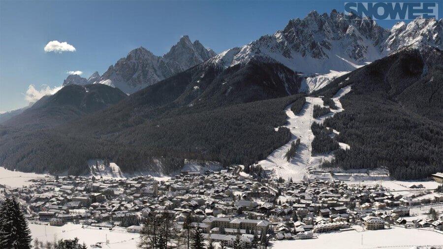 Austria góry oraz ośrodek dla narciarzy